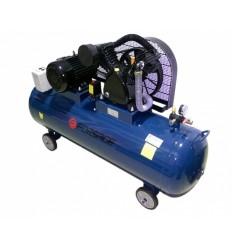 Oro kompresorius, stūmoklinis, dvipakopis, 3 cilindrų, 300l, 380V, 4kW, 648l/min, 850rpm, 12.5bar